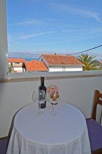 Rooms-Sunce-Supetar-apartments-Supetar-island-Brac-Croatia-alloggio-smjestaj-hotel-lavender-lavanda